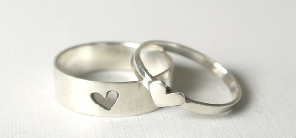 Valentine's Day Gift Ideas For Him And Her couple ring
