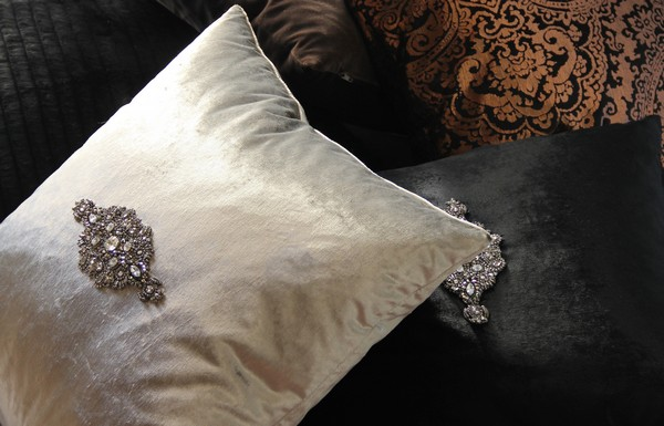 softgoods_p  Don´t miss the ultimate luxury pillows and throws to dress your interiors softgoods p