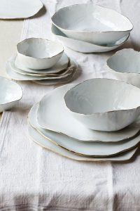 tableware ideas 10 tableware ideas to use on your breakfast table 47ced189ac9e574746598891472df68e 200x300