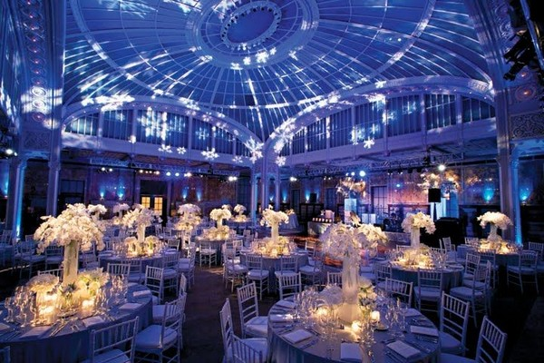 Choose the perfect lighting decoration for your wedding 66b4a79e5f03deb63801937760d0a598