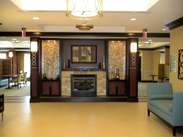 Find Home Lobby Decoration Inspiration 5