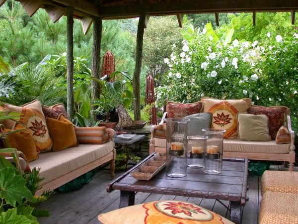 How To Make Your Porch A Cozy Room 1