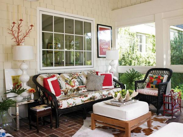 How To Make Your Porch A Cozy Room 3