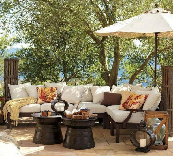 How To Make Your Porch A Cozy Room 4