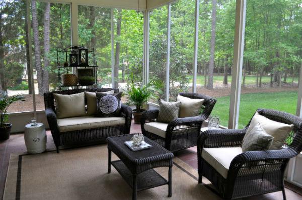 How To Make Your Porch A Cozy Room 7