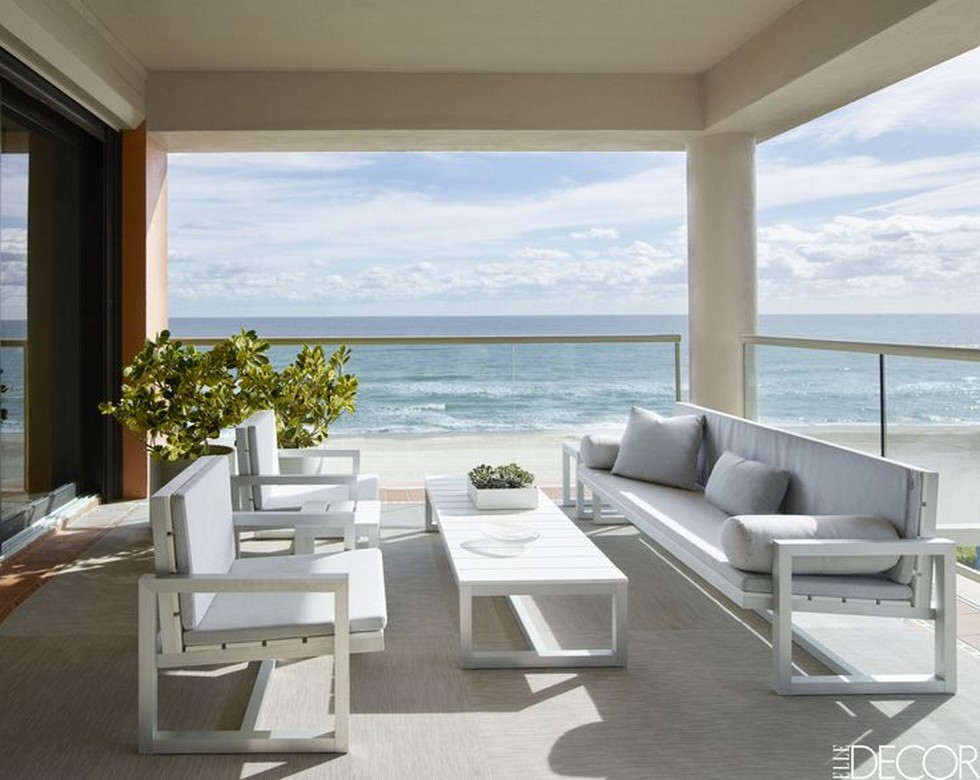 The New Contemporary Apartment in Palm Beach with Art and Coastal Decor