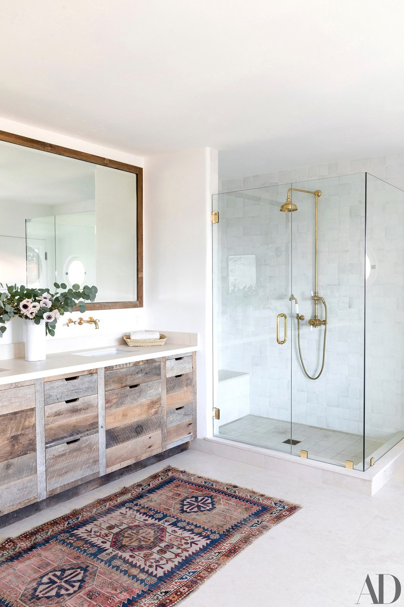 Celebrity Homes: Top 6 Celebrity Bathrooms of 2018 celebrity homes Celebrity Homes: Top 6 Celebrity Bathrooms of 2018 Celebrity Homes Top 6 Celebrity Bathrooms of 2018 2