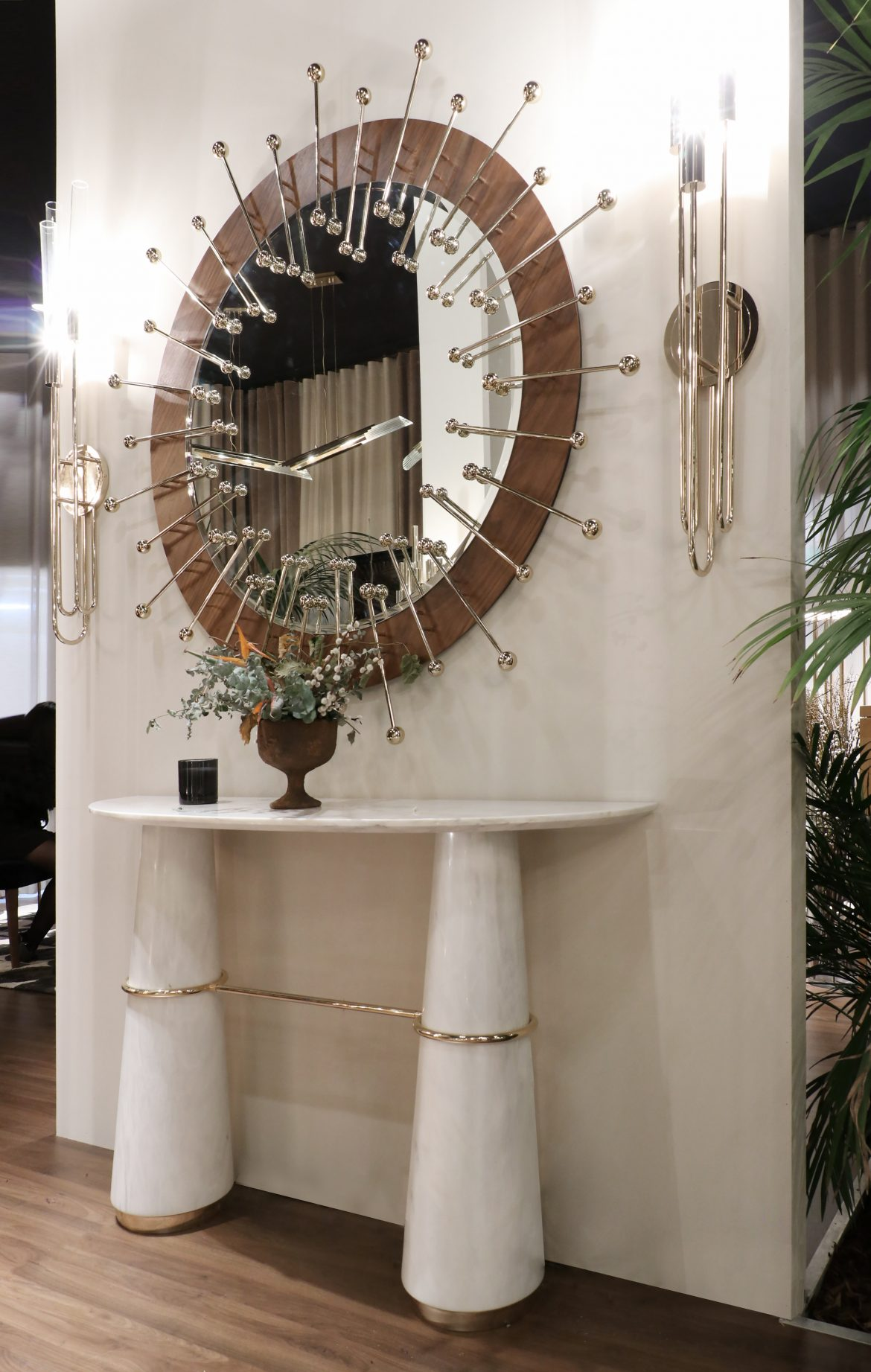 Stunning Wall Mirrors For Your Entryway entryway Stunning Wall Mirrors For Your Entryway Stunning Wall Mirrors For Your Entryway 3